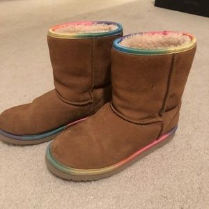 Kids Uggs - size 4